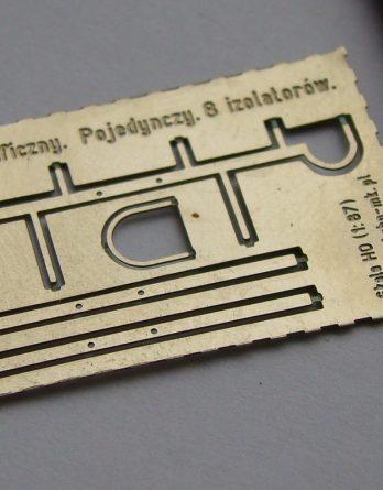 ah0-109-slup-telegraficzny-8-izolatorow