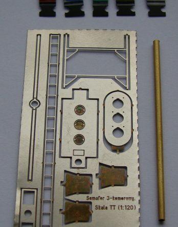 att-47-semafor-3-komorowy