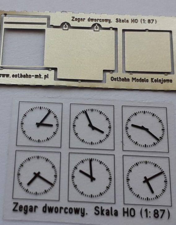 AH0-133 Zegar dworcowy H0